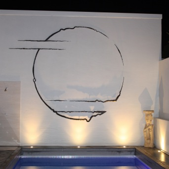 006-portal1-night-view-3-0m-diameter-wall-sculpture-made-from-forged-stainless-steel-2012