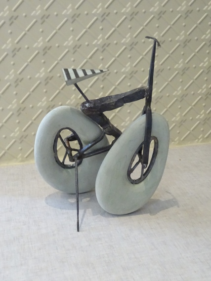 011-bike6-stainless-steel-recycled-plastic-2016