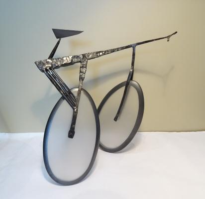 018-albertos-bike-stainless-steel-acrylic-plastic