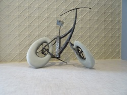 09-bike4-stainless-steel-recycled-plastic-2016